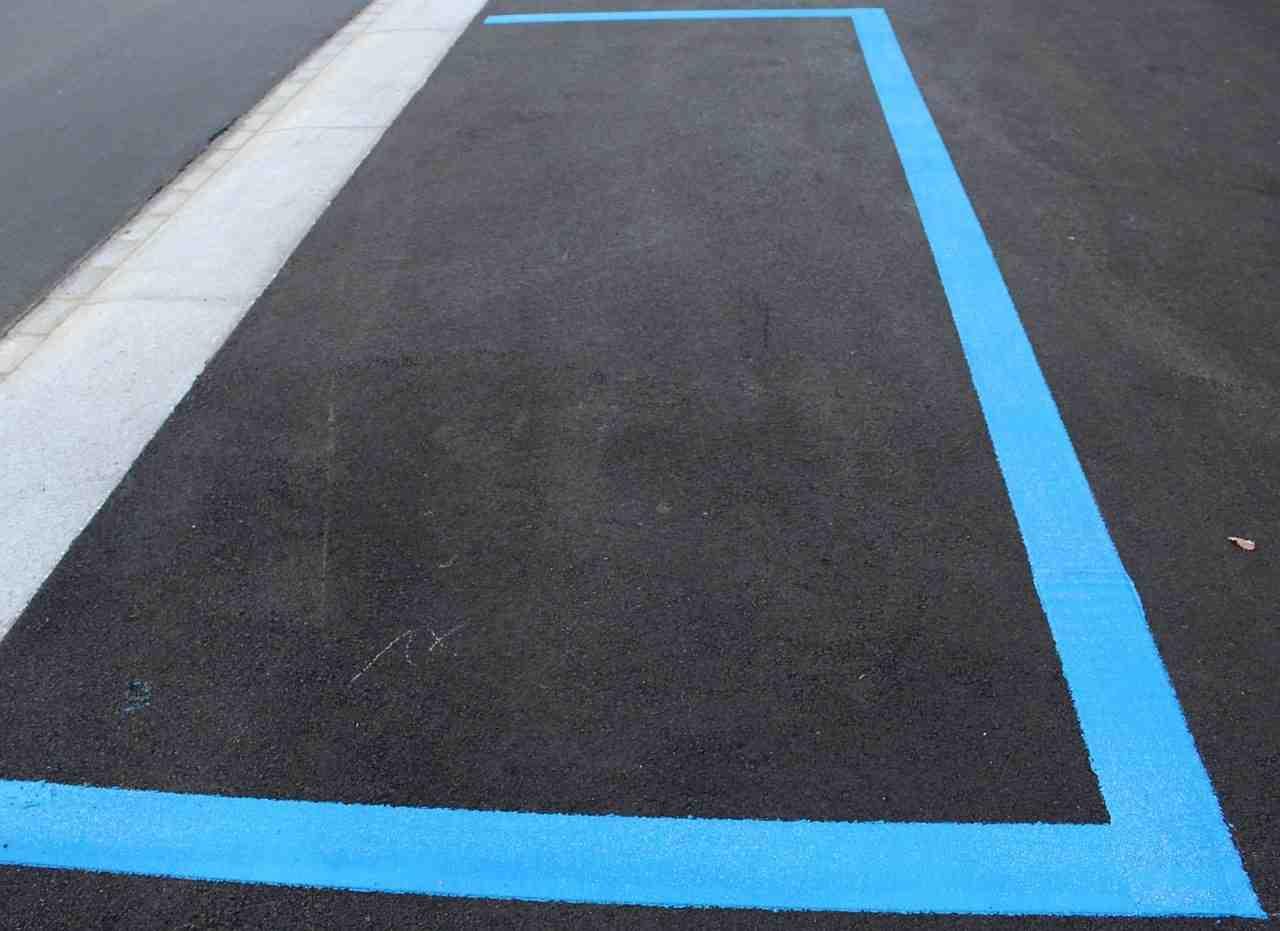 parcheggio blu